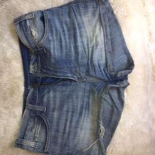 Levi's Size 31 Jean Shorts