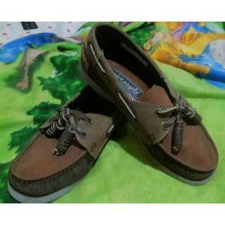 Boat Shoes/ Topsider