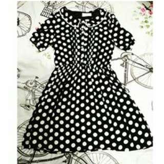 retro polkadot dress
