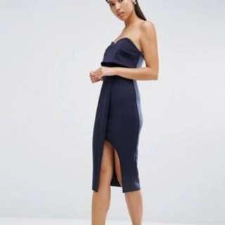 Dark blue strapless dress