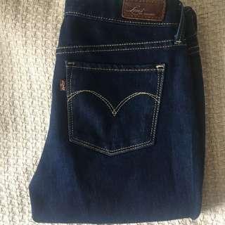 LEVIS slight curve classic slim leg jeans