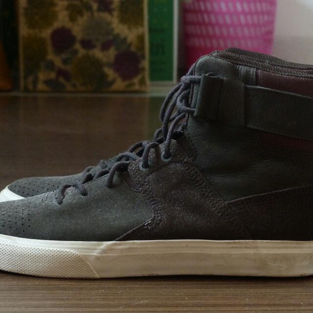 100% Original Dc Shoes Graduate (Not Nike Vans Adidas Pantofel Sepatu Kerja Loafer Pedro Vans Jeans Jaket Jacket)