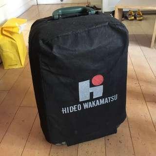 Hideo Wakamatsu 迷彩兩輪行李箱