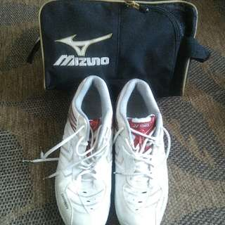 Mizuno Badminton Shoes 🆓