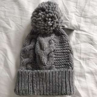 Grey Knit Glassons Hat