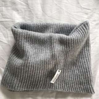Gray Snood/scarf