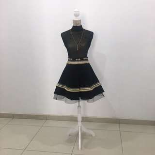 Fervente black and gold skirt