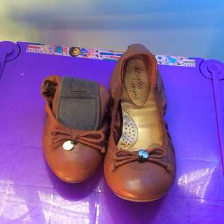 Deflex comfort brown foldable shoes