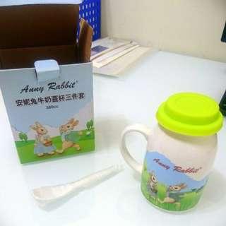安妮兔牛奶蓋杯三件套(380cc)