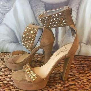 Size 9.5 Beige Heels Gold Embellishments