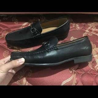 Sepatu pantofel loafer pria