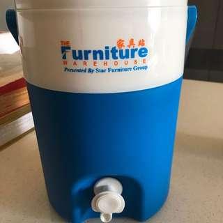 Brand new: Water dispenser