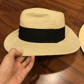 H&M 蝴蝶結草帽 M跟 L各ㄧ頂 僅外景拍過ㄧ次