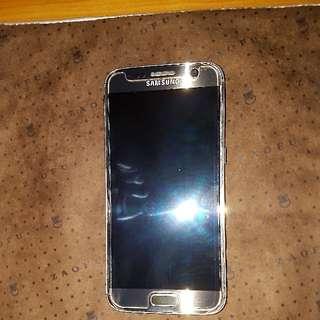 Prefect condition Samsung S7 Gold colour. Still under Samsung Warranty