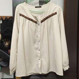 米色 民族風上衣