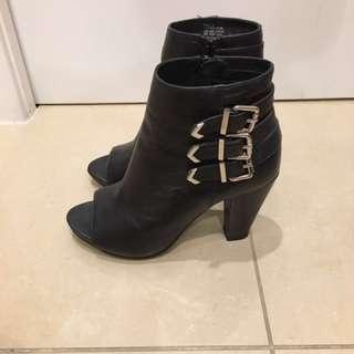 Isabella Anselmi Black Leather Boot