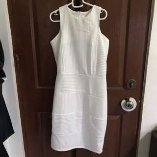 White Eyelet dress fits S to M, worn once
