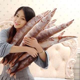 仿真秋刀魚抱枕😻貓咪最愛的魚 毛絨玩偶 生日禮物