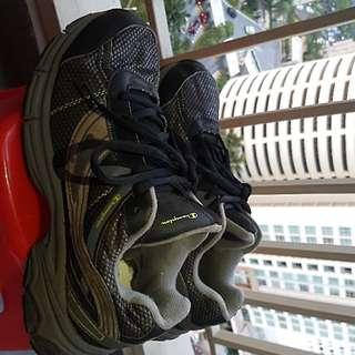preloved original CHAMPION shoes
