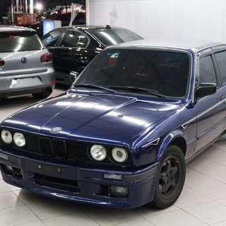 1988年 E30 318 藍