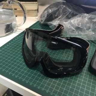 Helmet goggles scrambler