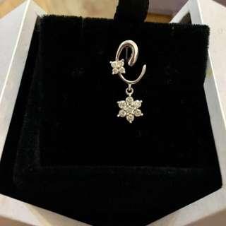 18K 750 花花 吊墜 diamond earrings