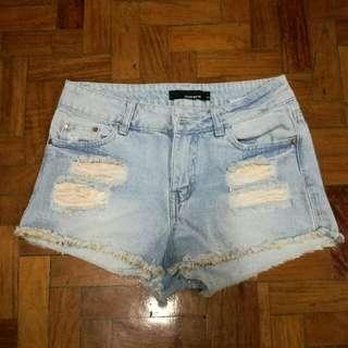 🌼Tally Weijl High Waisted Ripped Denim Shorts