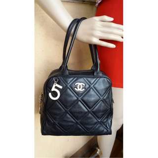 Chanel black quilted genuine leather handbag, made in France