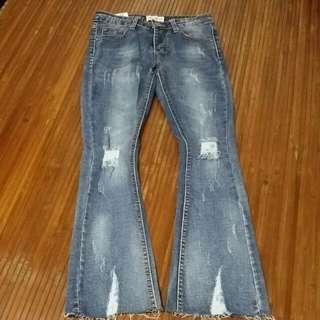 喇叭褲~顯瘦款