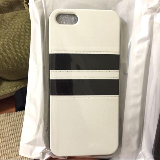 全新 iPhone SE / 5 / 5s 白色皮套軟殼