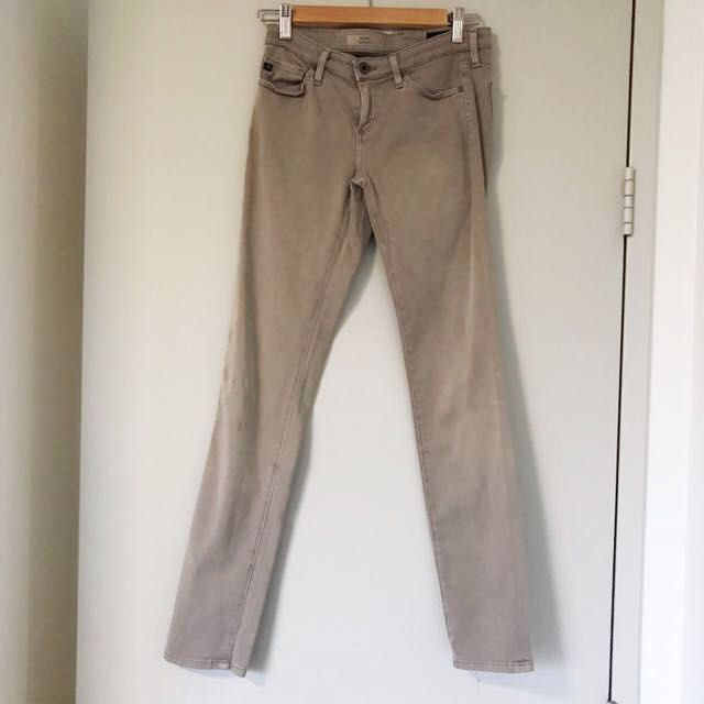 Andriano Goldshmeidt size 25 cigarette leg low-mid rise jean