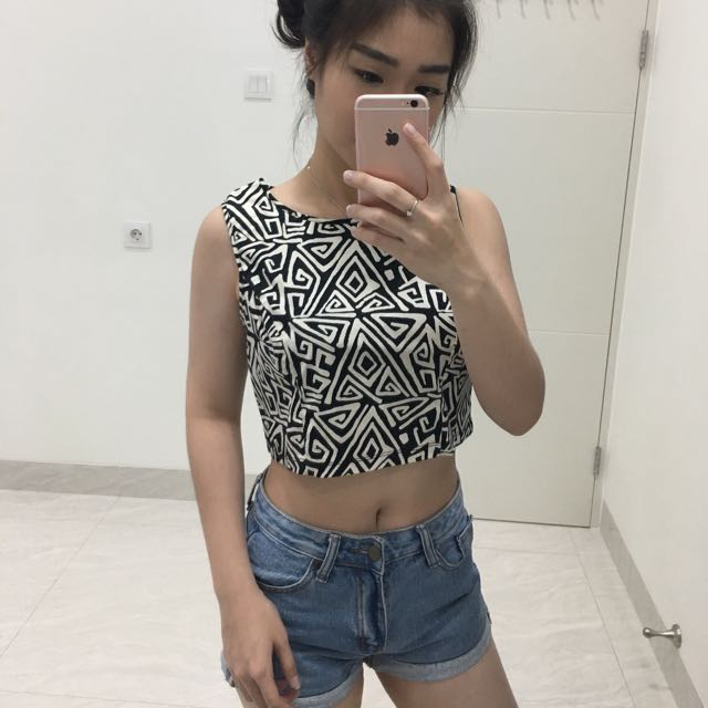 Baxter crop top