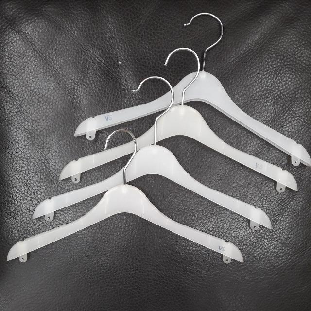 #99sen Boutique Quality Hanger