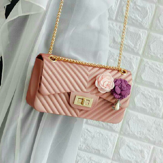 14f8d41d47ad Chanel Boxy Bag w Flowers, Women's Fashion, Bags & Wallets on Carousell