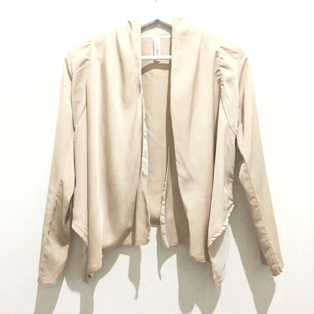 Cream Basic Outer