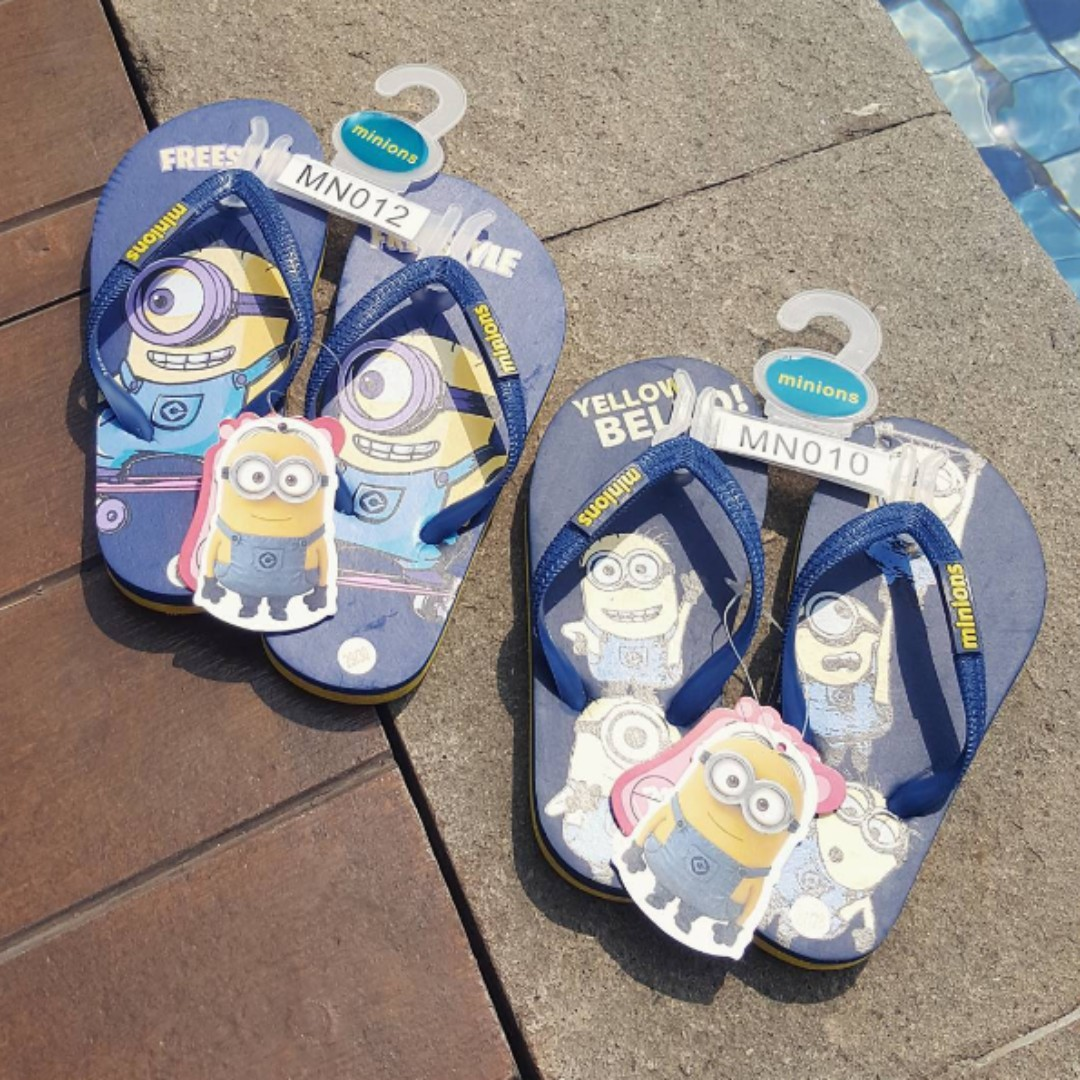 Despicable Me Authentic Kids Rubber Thongs size 10 & 12 (brand new).