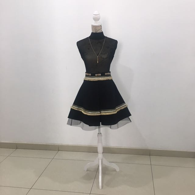 Fervente black and gold skirt