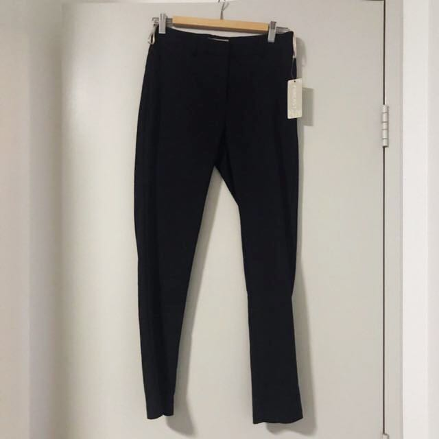Forcast size 10 black tailored slim pant