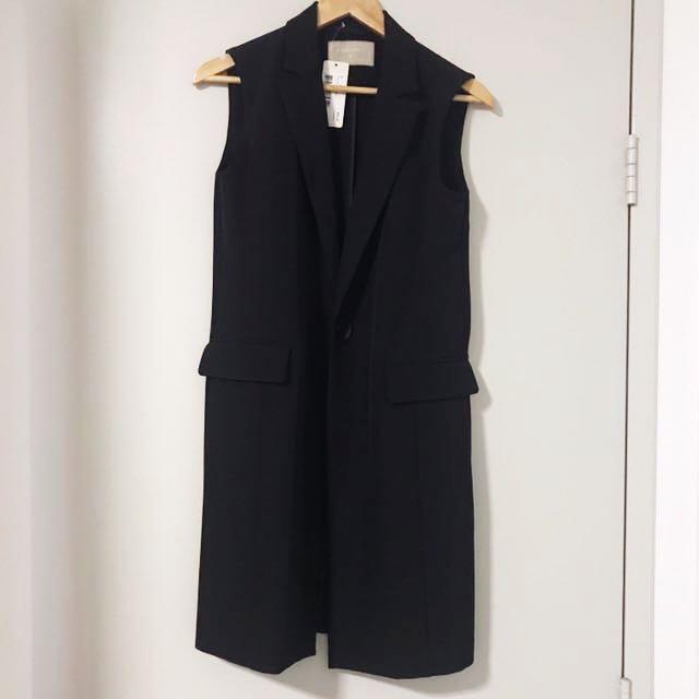 Forcast size 6 black vest