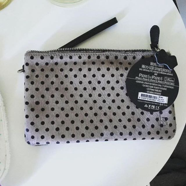 Furr clutch from redcurrent
