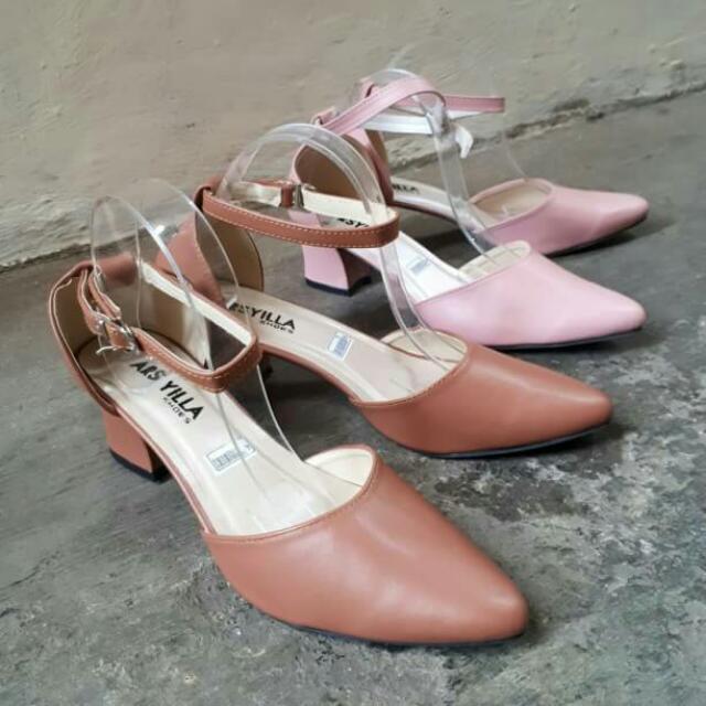 Heels / Sandal / Sepatu / Wedges / Sepatu Murah / Sepatu Wanita Murah / Slip On / Platform