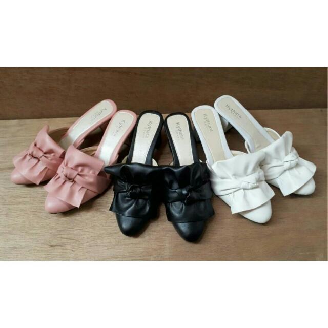 Heels / Wedges / Sepatu Murah / Sandal / Heels / Sandal / Sepatu / Wedges / Sepatu Murah / Sepatu Wanita Murah / Slip On / Platform