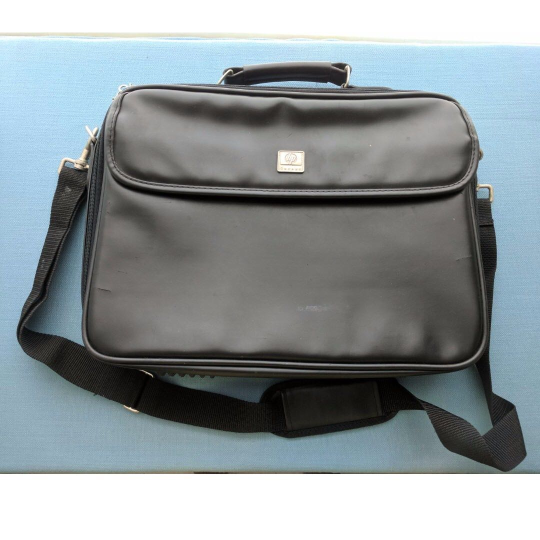73127e75931c Price reduced - HP (Targus) Leather Laptop Bag (Fits up to 15 inch ...