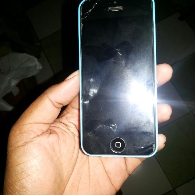 Iphone 5c 32 Gb(icloud Locked)