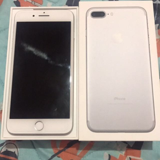 iPhone 7 plus 128gb silver f.u with receipt and apple warranty til March 2018