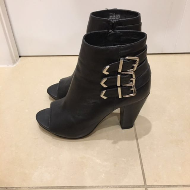 Isabella Anselmi Black Leather Boot