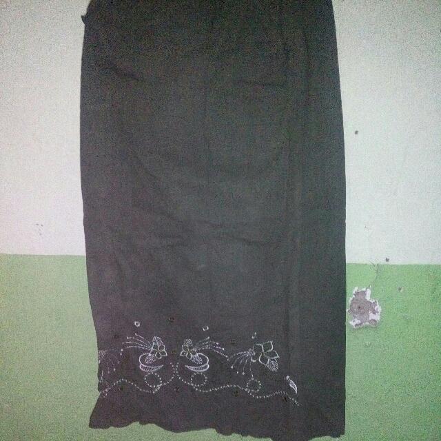 Long Skirt/ Rok Panjang Warna Hijau Lumut