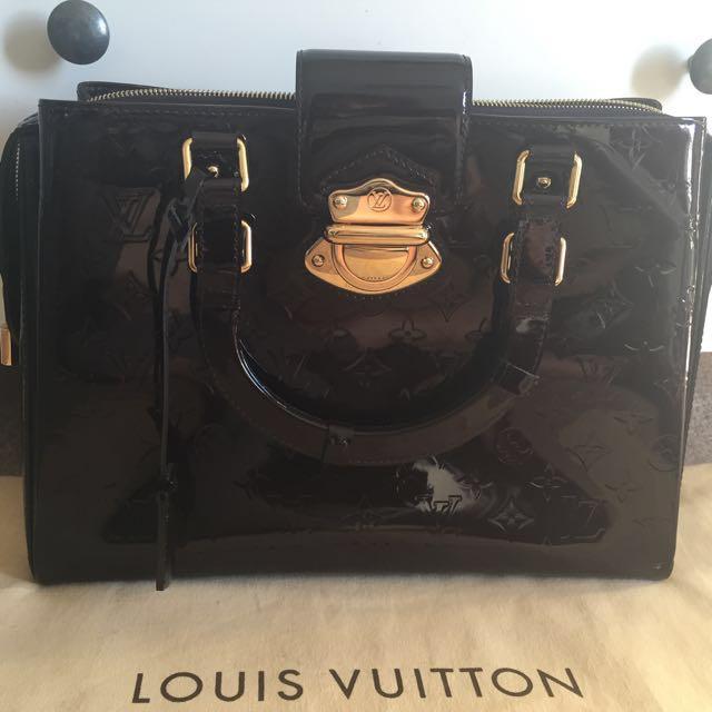 Louis Vuitton Bag in Monogram Vernis Leather