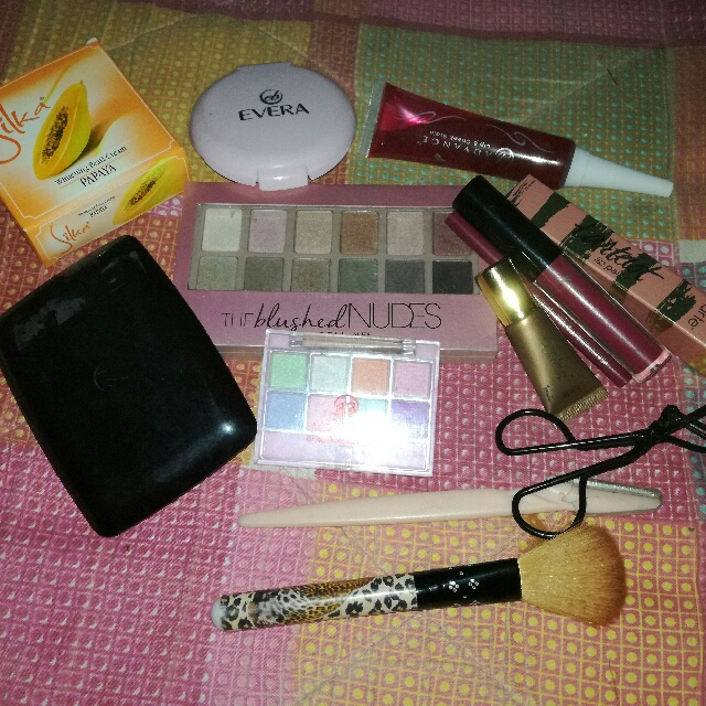 Repriced Make Up Bundle