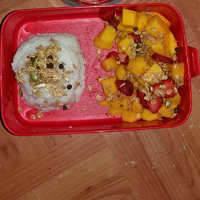 Mango Sticky Rice Dan Smoothies Bowl